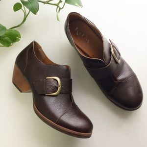 Korks Ease Leather Buckle Ankle Booties